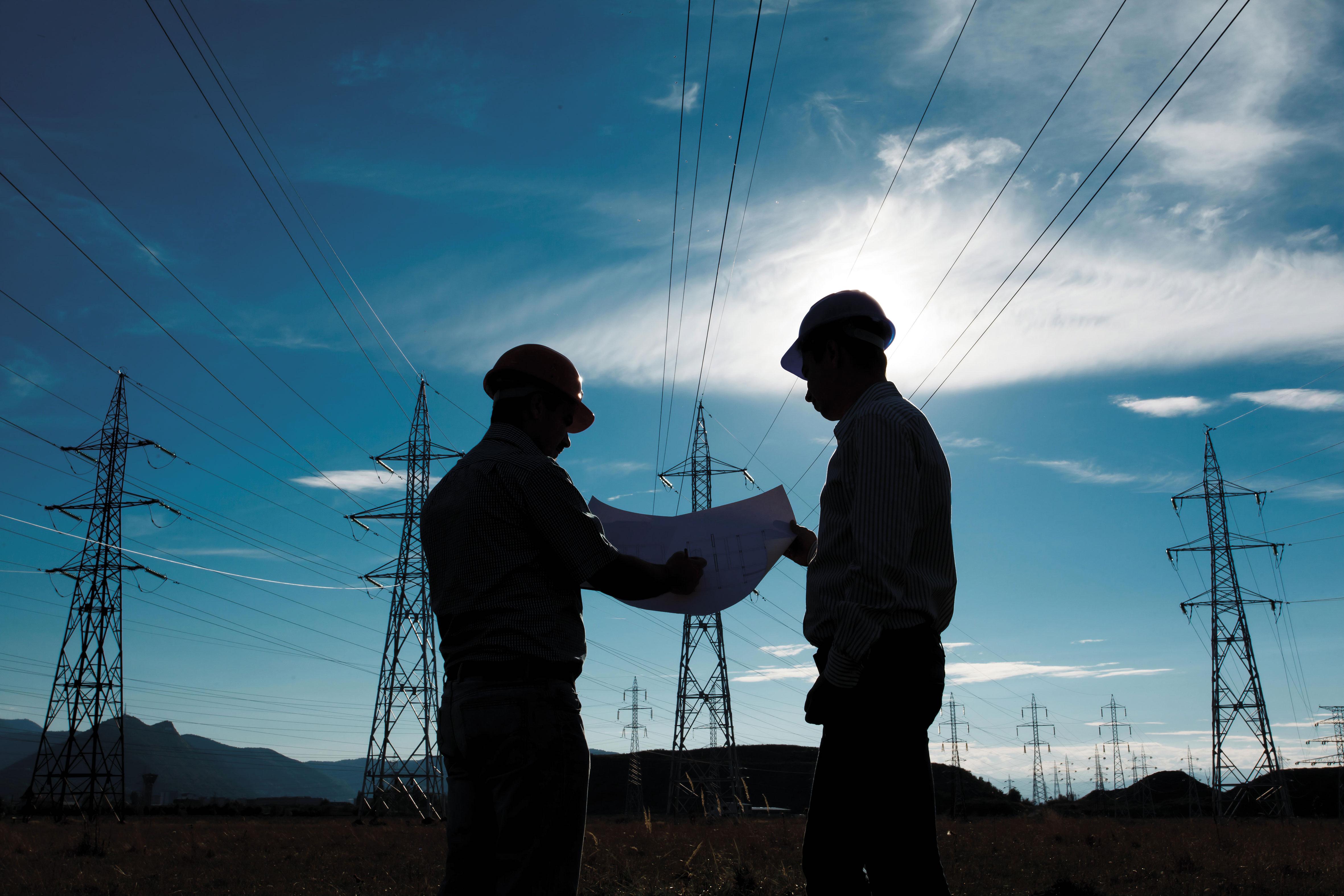 Cómo Rescatar a la CFE, Antes de y Tras la Reforma Energética